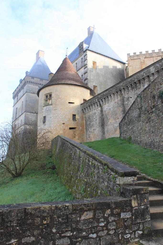 Châteaux de Biron